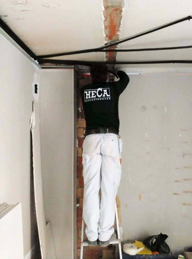 RcreaT - Vestuario laboral con vinilo textil - HECA